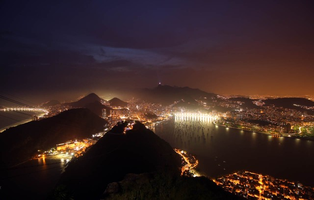 bg_travel_05rio_sugarloaf-mt